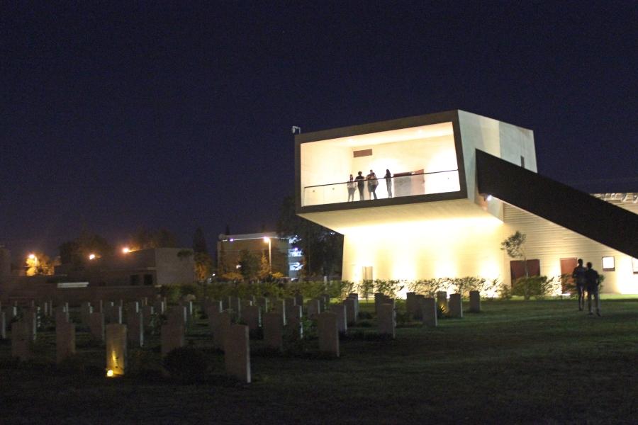 סיורי לילה בבית הקברות
